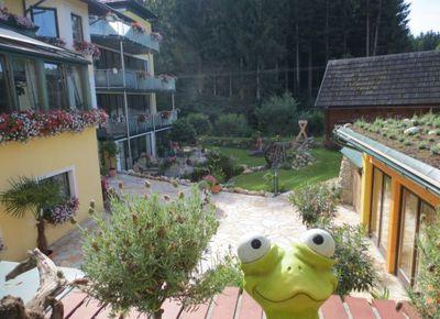Molzbachhof, Blick in den neuen Garten