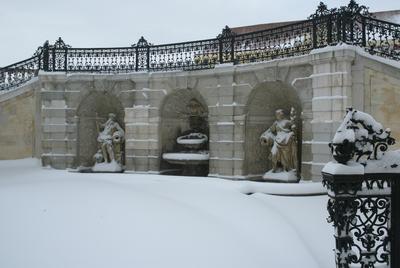 Winter auf Schloss Hof, Brunnengrotte
