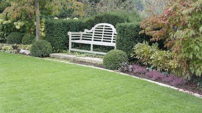 Gartenanlage mit Bank, (c) Kochauf