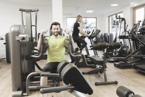 110 m² großes Fitnesstudio mit Technogym Geräten