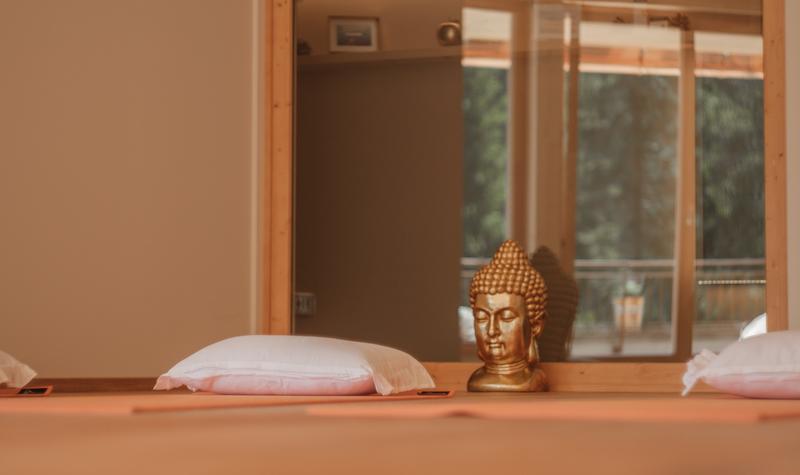 Buddha Yoga Almlounge Almwellness Resort Tuffbad.jpg