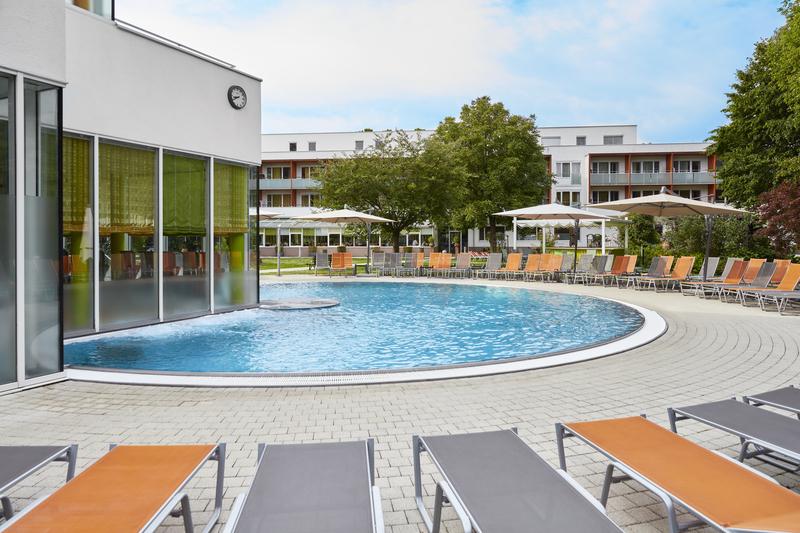 Innenhof Thermalhotel Fontana