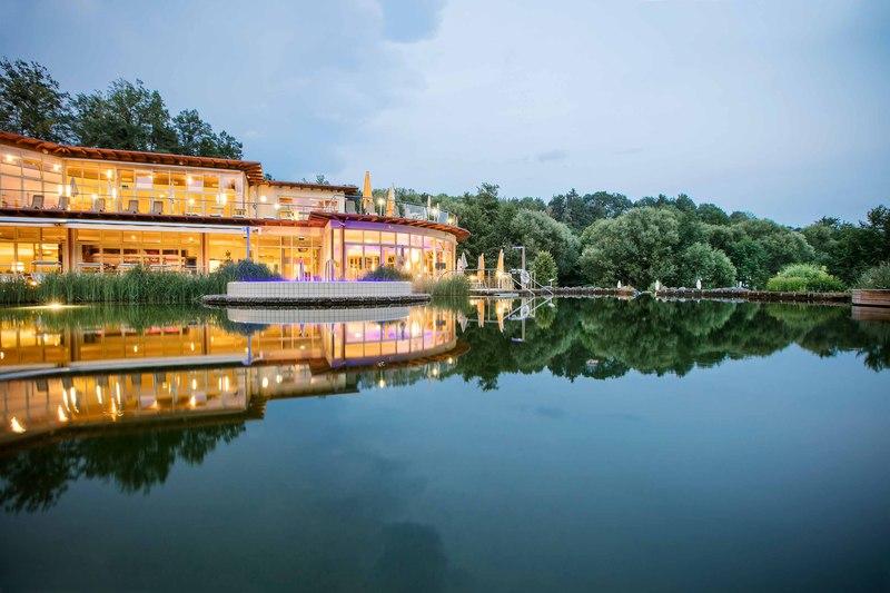 Die Hoteltherme Quellenoase bietet exklusiven Gäste des Quellenhotels Ruhe und Entspannung