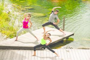 Yoga am Badeteich