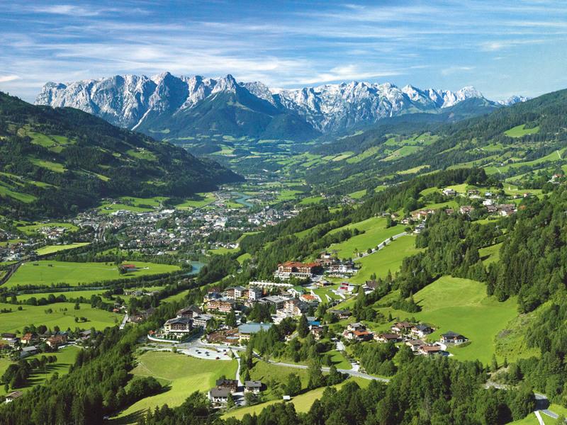 Alpendorf-Sommer-2009,-Foto-Oczlon.jpg
