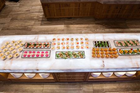 neuer Delikatessenmarkt Buffet
