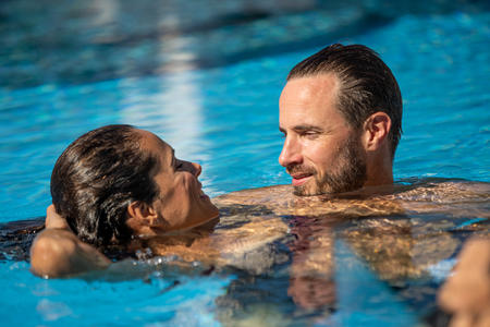 Romantik Schwimmen
